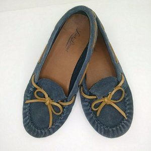 Lucky Brand moccasin leather slipper